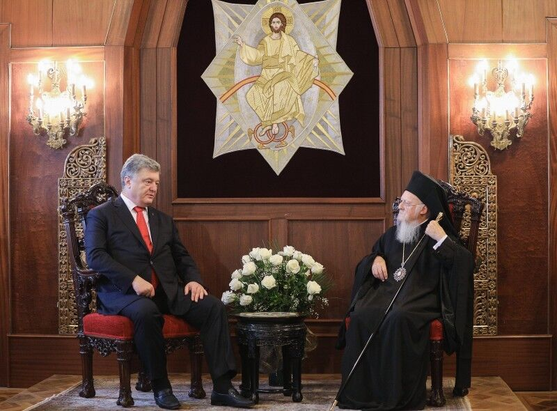 Порошенко и Варфоломей дали старт независимой церкви в Украине