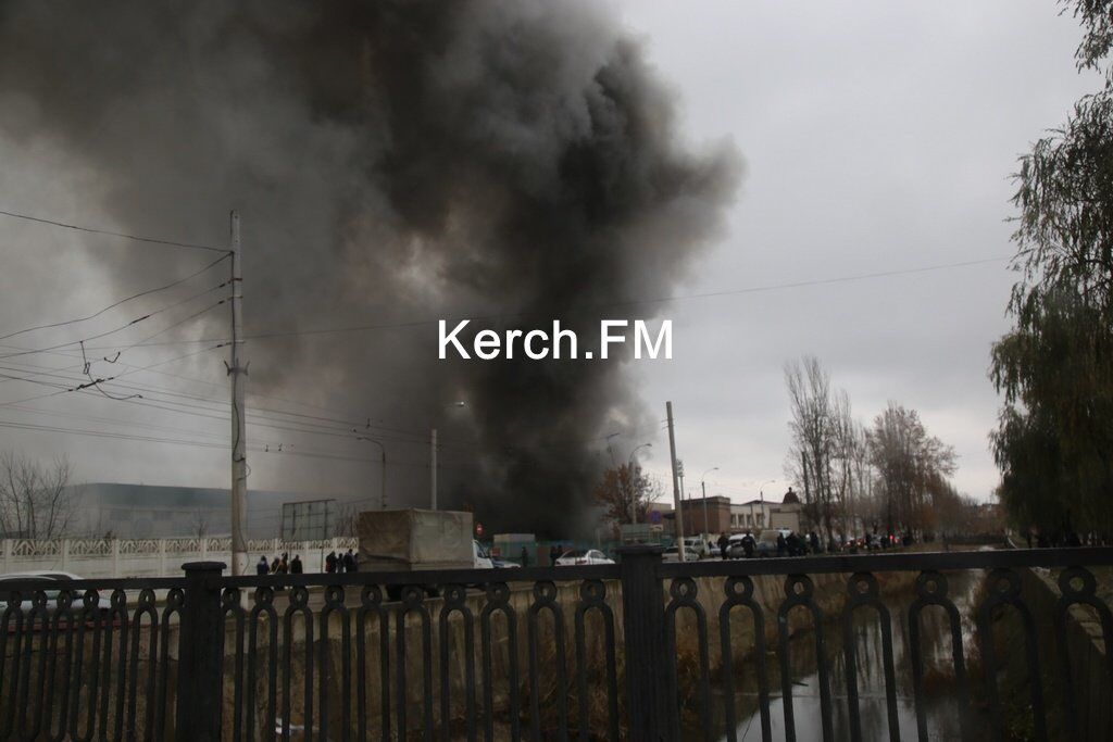 В Керчи произошел масштабный пожар: первые подробности и видео