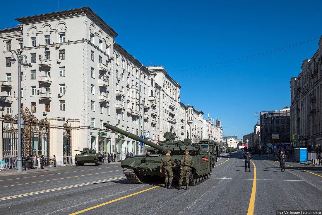 А что, если в России введут военное положение?
