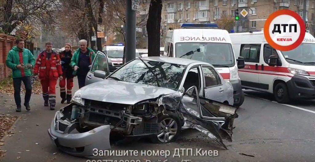 Розніс чотири авто: у Києві сталася масштабна п'яна ДТП