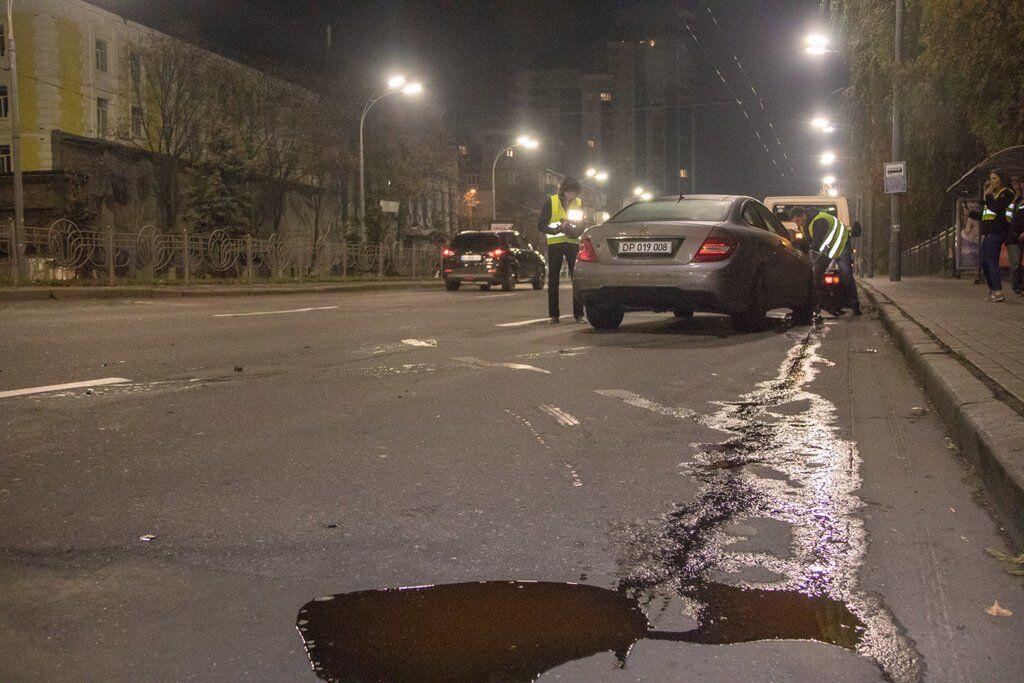 У Києві авто дипломата з Греції потрапило у ДТП