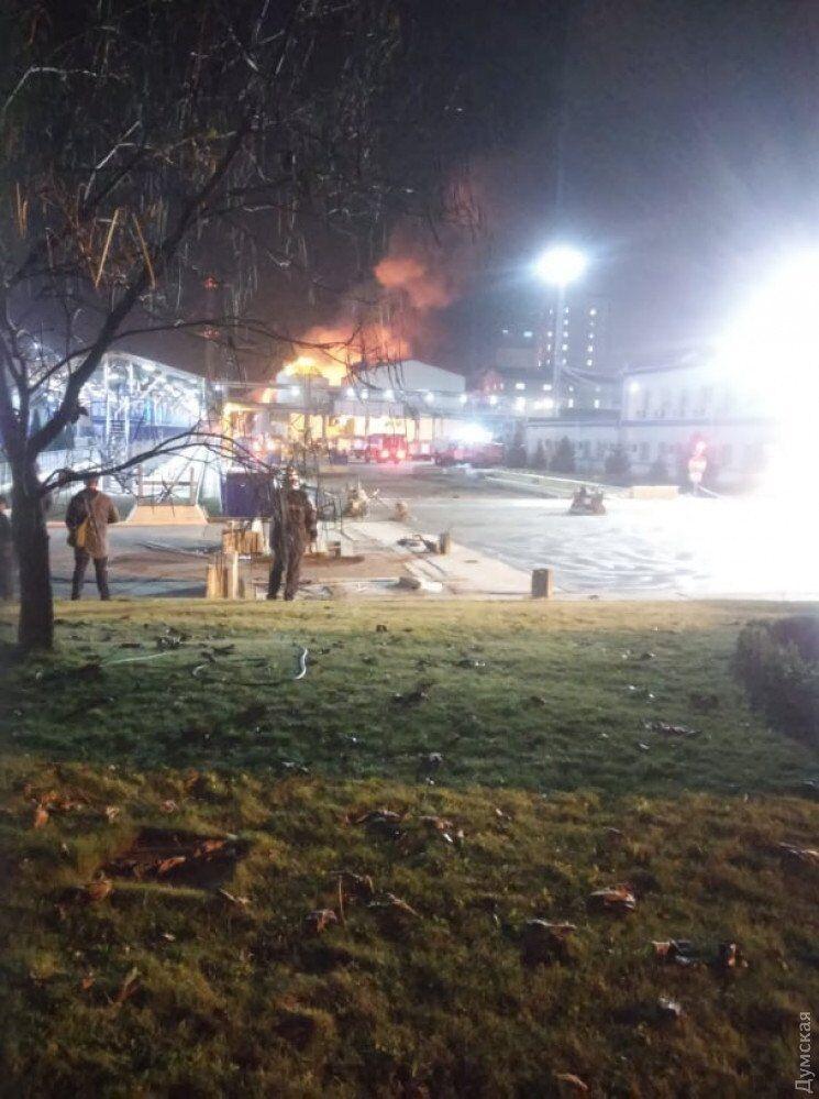 Под Одессой вспыхнул завод по переработке масла: все подробности