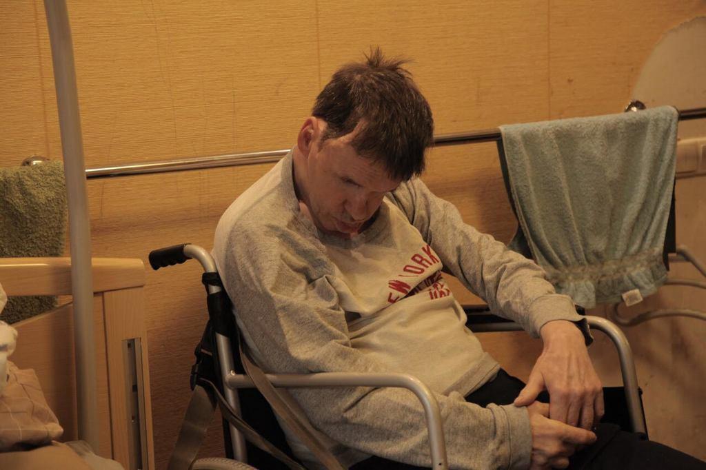 "Фонд ""Возрождение"" Мунтяна помог тяжело травмированному мужчине"