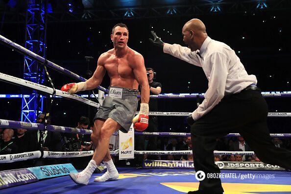 Украинец потерпел поражение техническим нокаутом в 11 раунде.