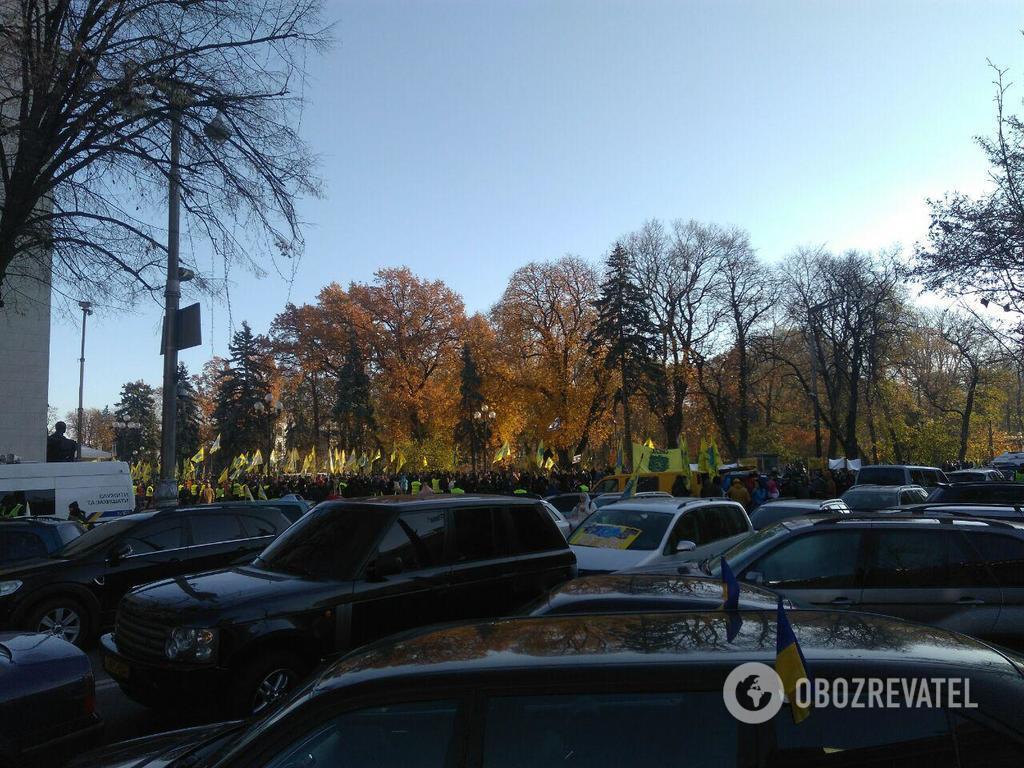 Владельцы авто на еврономерах выдвинули требования