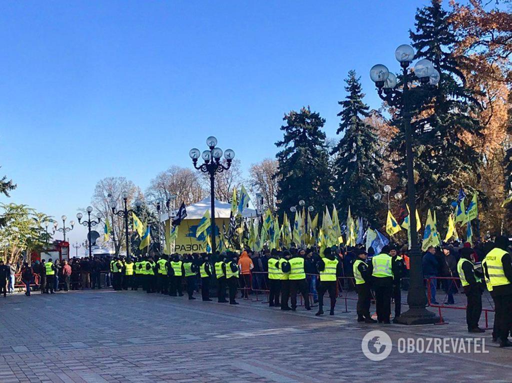Митинг авто на еврономерах в Киеве: фоторепортаж