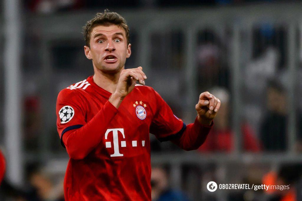 """Гравці """"Баварії"""" з різними емоціями виходять на матчі Бундесліги"""