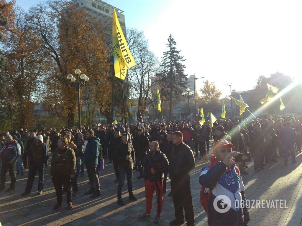 ''Перекриємо траси'': власники євроавто пригрозили паралізувати Україну