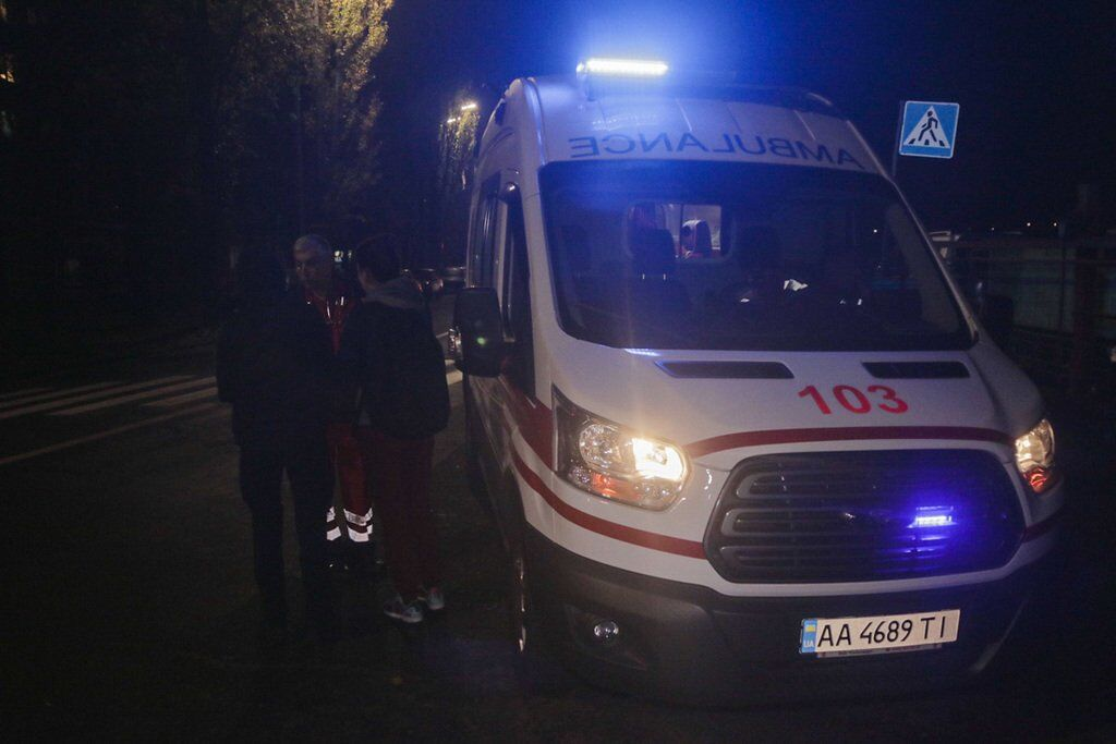 В Киеве неизвестные открыли стрельбу посреди улицы