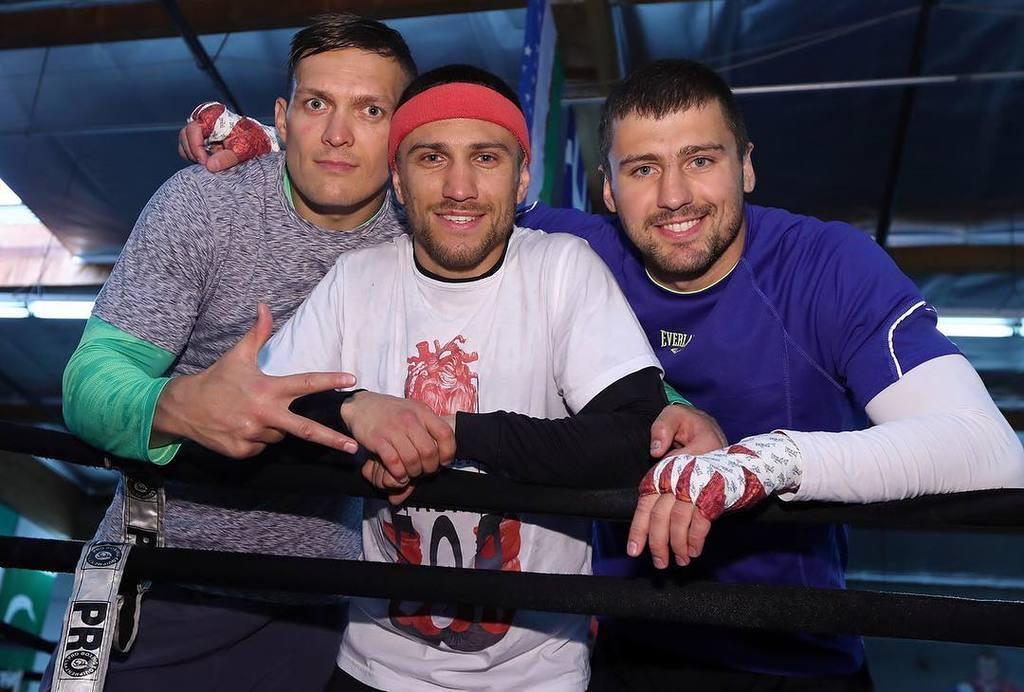 Усик, Гвоздик и Ломаченко произвели фурор совместным фото