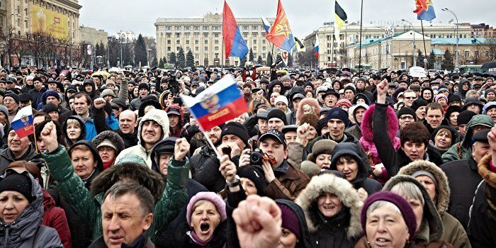 Україну мали поділити на три частини