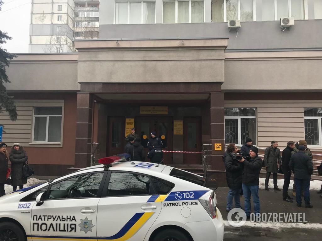 У Києві ''замінували'' два районні суди: ексклюзивне фото