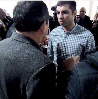 ''Вы все в крови!'' Пропагандистов Кремля под крики ''Слава Украине'' выкинули из форума в Литве. Видео