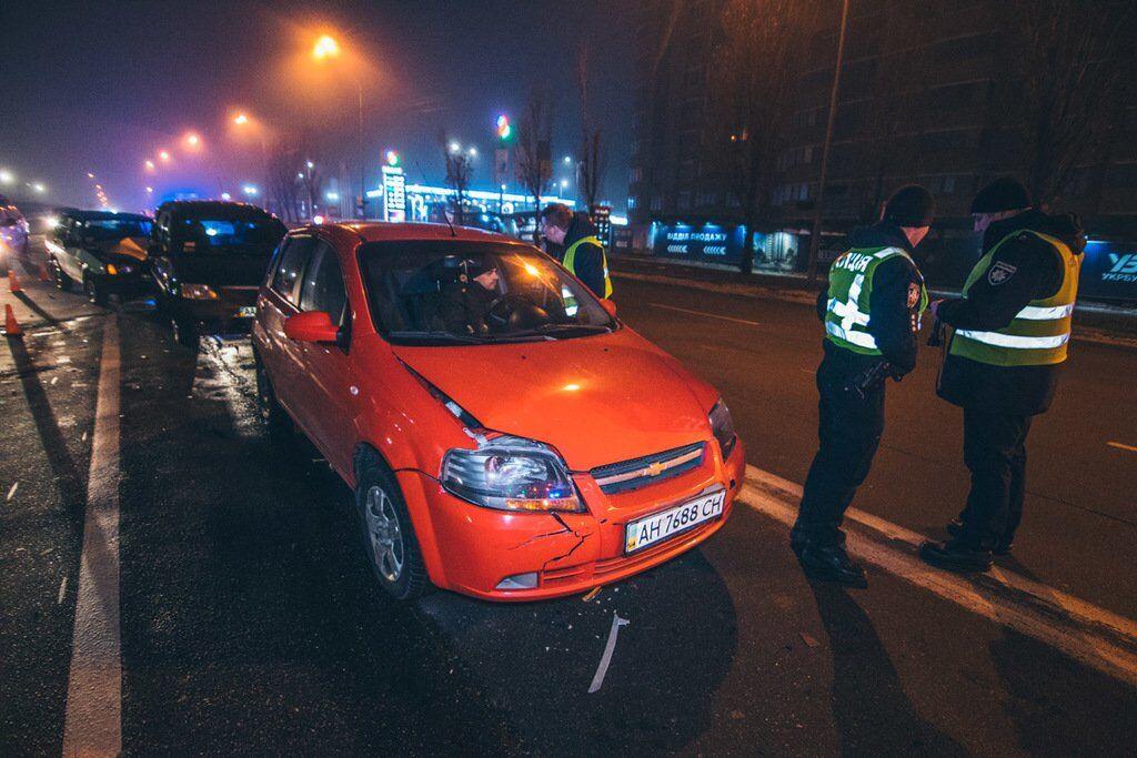 У Києві п'яний водій розбив чотири авто: фото і відео ДТП