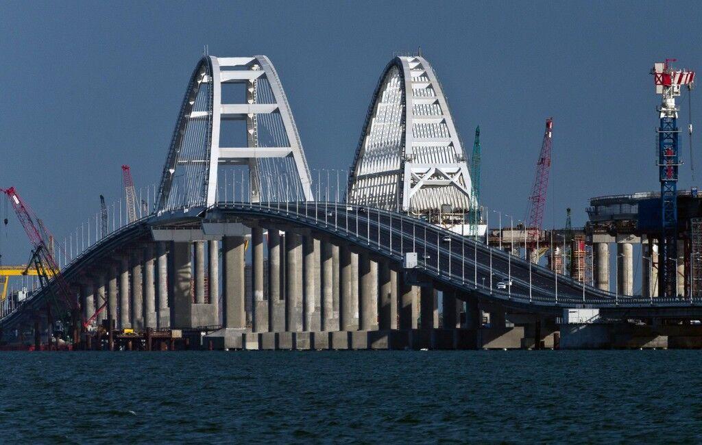 ''Есть риски!'' У оккупантов появились новые проблемы с Крымским мостом