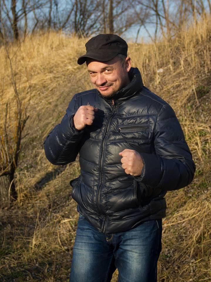 Усику пригрозили проломить голову в боях за Киево-Печерскую лавру