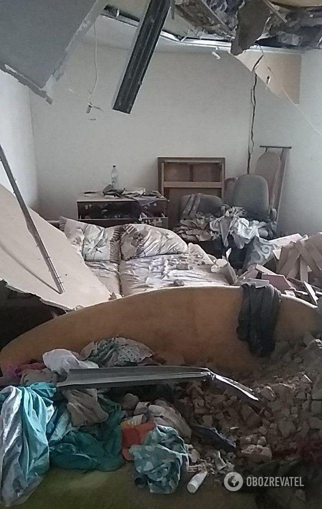 Фото из квартиры на втором этаже. Взрыв произошел на 4-ом