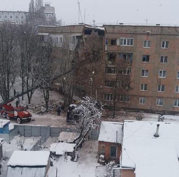 Вибух у Фастові: зруйнованi декілька поверхів житлового будинку