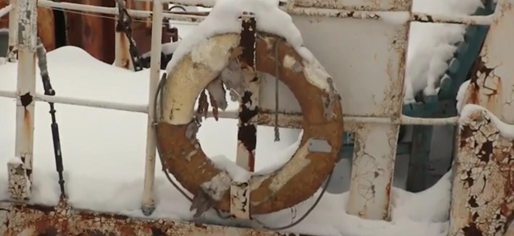 Появилось видео с ''кладбища'' кораблей в России