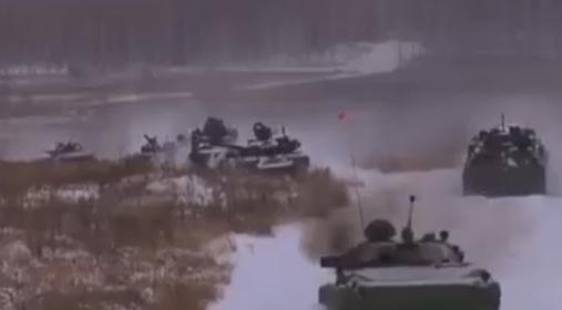 """Росіяни похвалилися стріляниною з танків і """"Градів"""""""