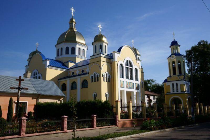 ''Мужественный шаг'': первый приход МП на Львовщине поддержал единую церковь photo