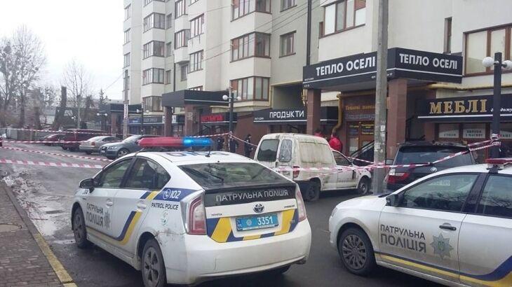 Ð' центре Ивано-Франковска расстреляли криминального авторитета: фото и видео