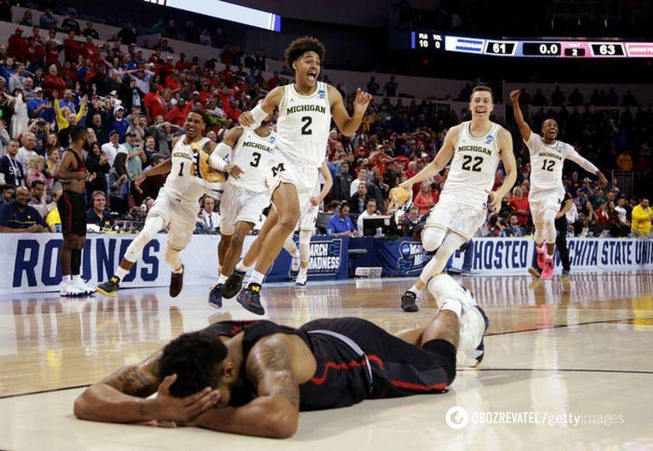 Матч між баскетбольними командами NCAA