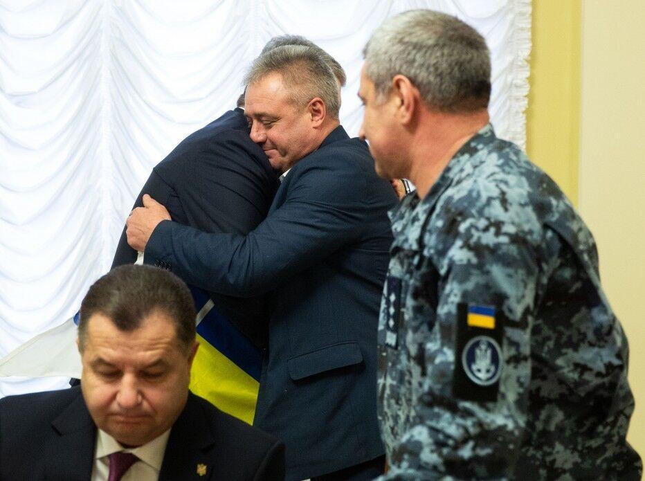 Встреча Порошенко с семьями пленных моряков