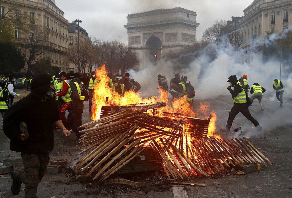 Протести в Парижі, листопад-грудень 2018 рік