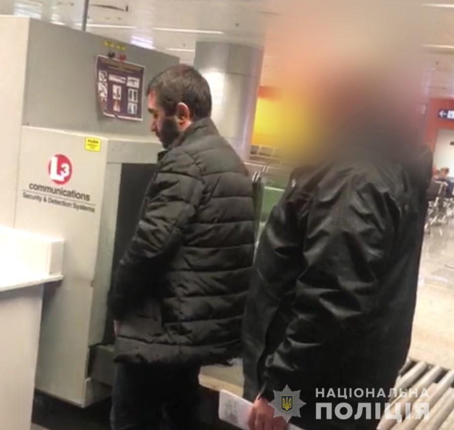 """Куратор ринків і """"квартирників"""": у Києві затримали ''злодія в законі''"""
