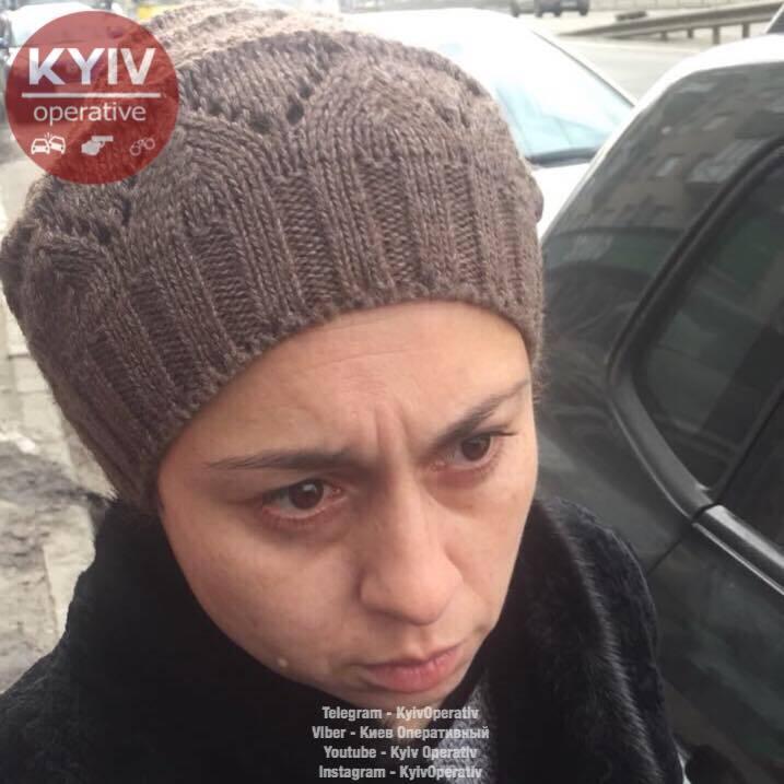 """""""Туда несут последние деньги"""": в Киеве засняли циничных грабителей"""