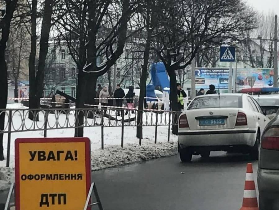 На Київщині п'яна дівчина влаштувала смертельну ДТП