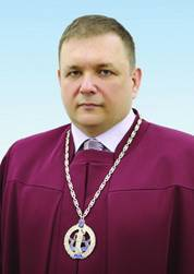 Судья Станислав Шевчук