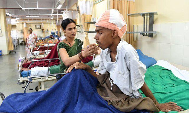 В Індії видалили пухлину мозку розміром майже з півголови
