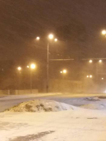Снежный апокалипсис парализовал Украину: все подробности