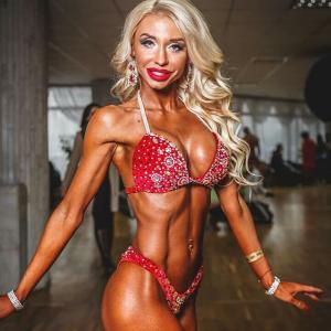 Олена Курдюкова