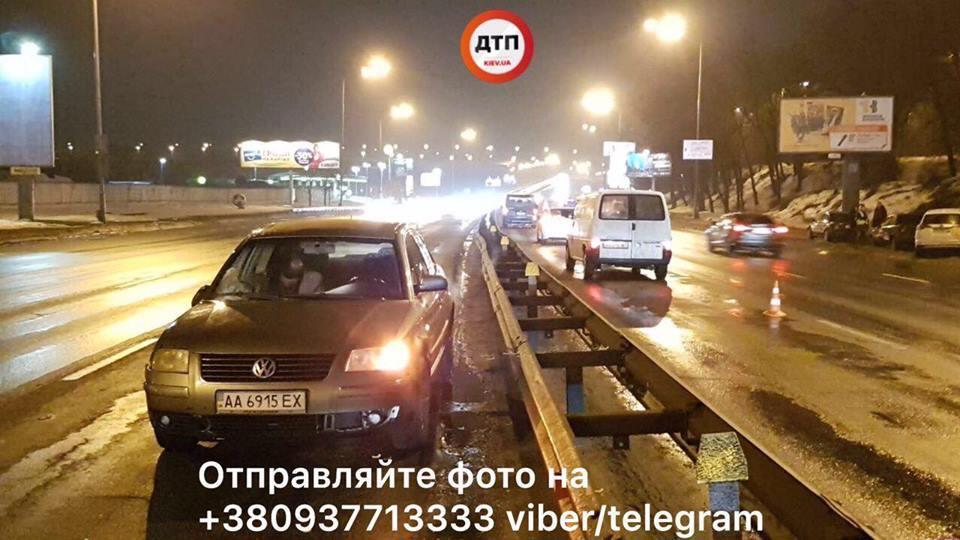 В Киеве нацгвардеец попал под авто, спасая сбитого пешехода