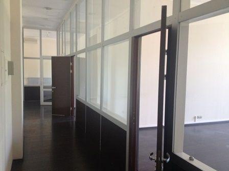 Офіс Саакашвілі в Києві виставили на оренду