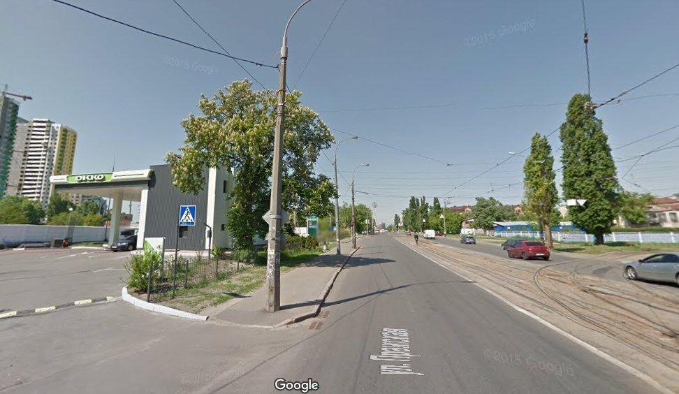 Жорстке ДТП в Києві: водій збив школяра