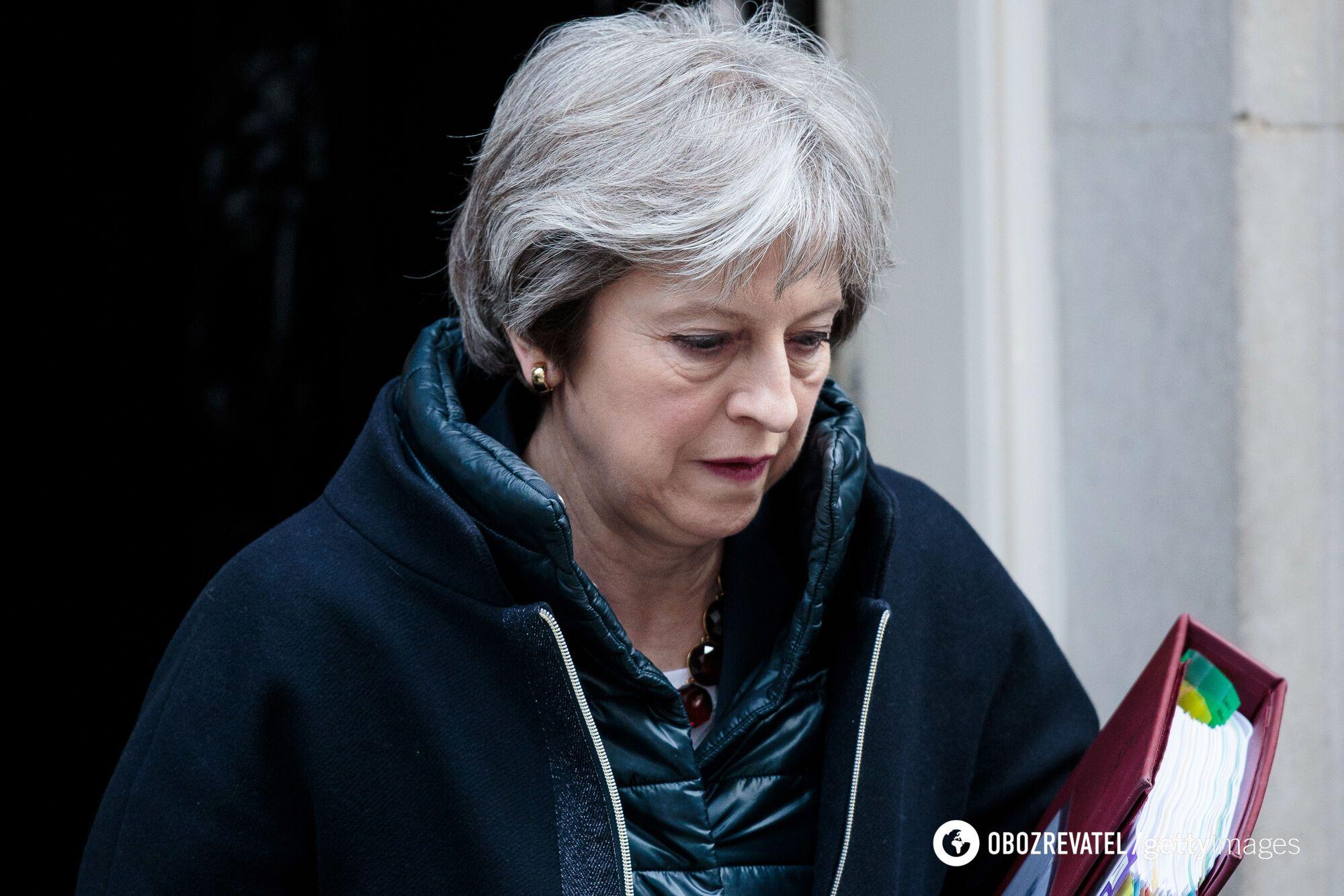 Великобритания высылает дипломатов РФ и замораживает все контакты с Москвой