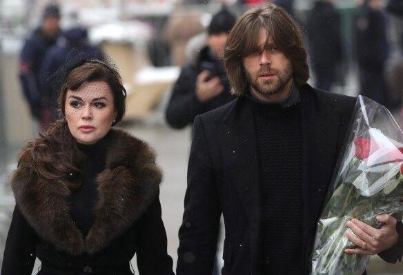 Анастасія Заворотнюк і Петро Чернишов на прощанні з Табаковим