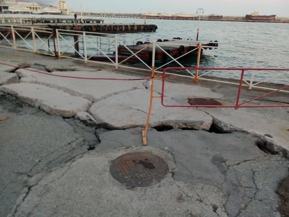 Як після бомбардування: в мережі показали свіжі фото з Криму