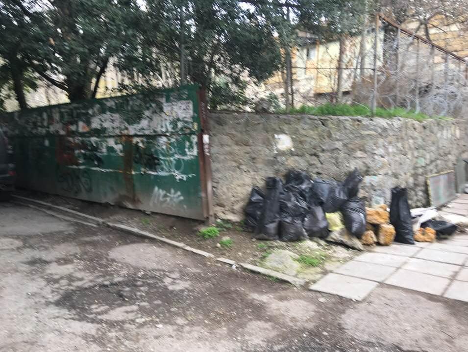 Как после бомбежки: в сети показали свежие фото из Крыма