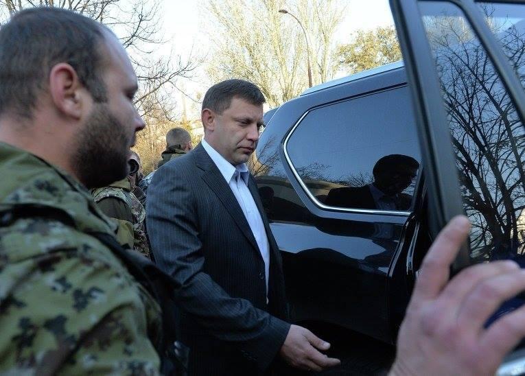 Кремль поставив в окупованих районах Донбасу власних маріонеток
