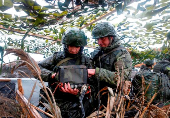 Армия России начала учения возле границы Украины