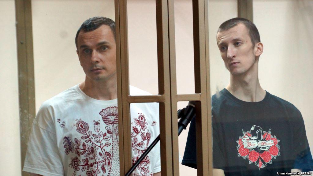 Олег Сенцов і Олександр Кольченко в суді