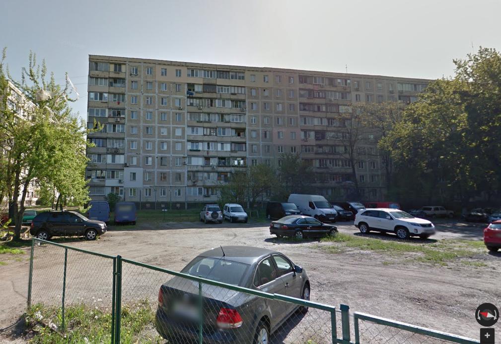 Страшную находку обнаружили возле 9-этажного дома на ул. Волкова