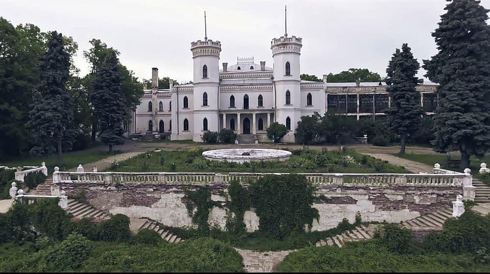 На Харьковщине занялись реконструкцией знаменитого замка