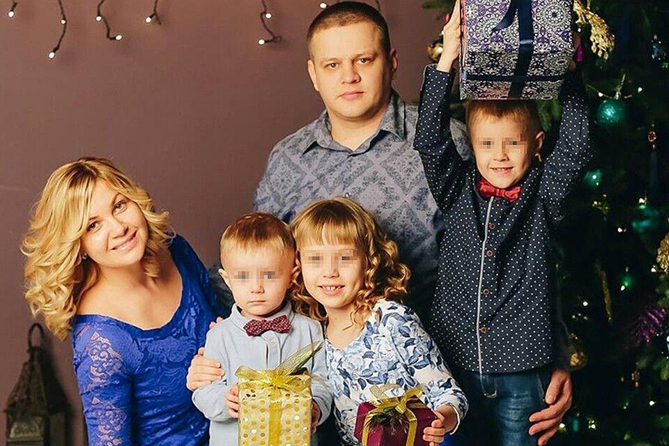 Игорь Востриков с семьей