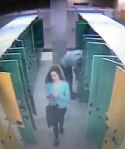 У київському аквапарку пограбували відвідувачів: відео
